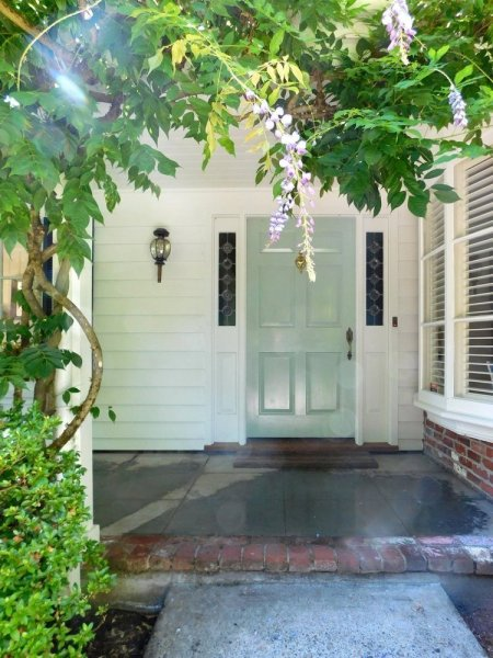 Front-entry-450x600.jpg